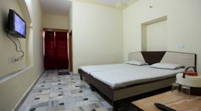 HOTEL AKSHAY.