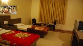 HOTEL GOYAL PALACE.