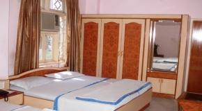 HOTEL SHANKAR PALACE