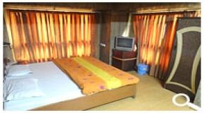 HOTEL SHASHI
